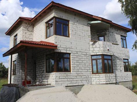 Приватний будинок с. Хоросно 220m²
